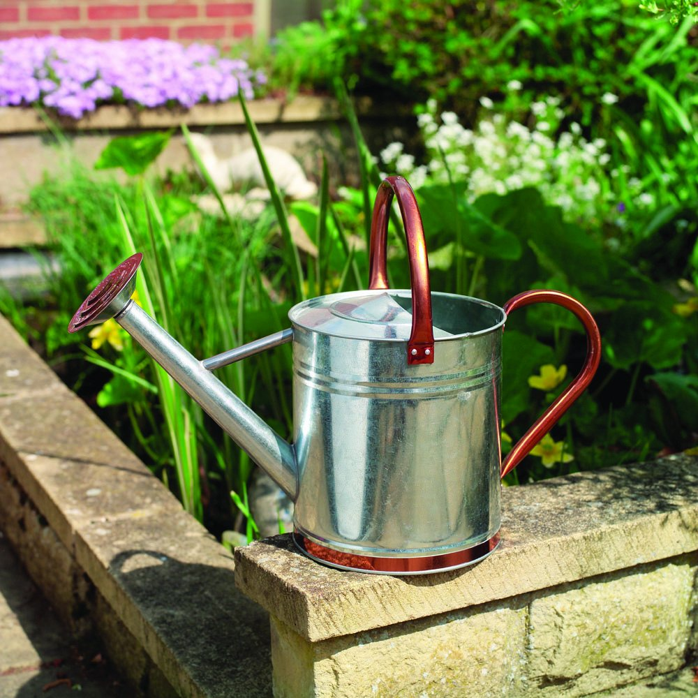 Gardman 9ltr (2 Gal) Watering Can - Copper Trim