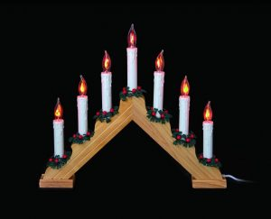 Premier 7-Flickering Bulb Pine Candlebridge