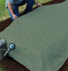 Gardman Heavy Duty Garden Fleece 10m x 1m