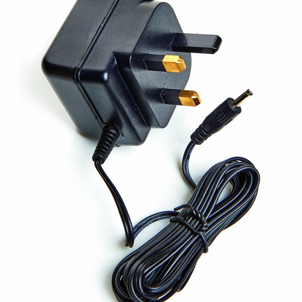 Premiier 4.5V DC 3.6VA Plug-in Adaptor with 2M Jack Plug Lead Output