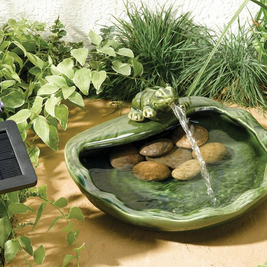 Smart Garden Ceramic Frog Water Feature