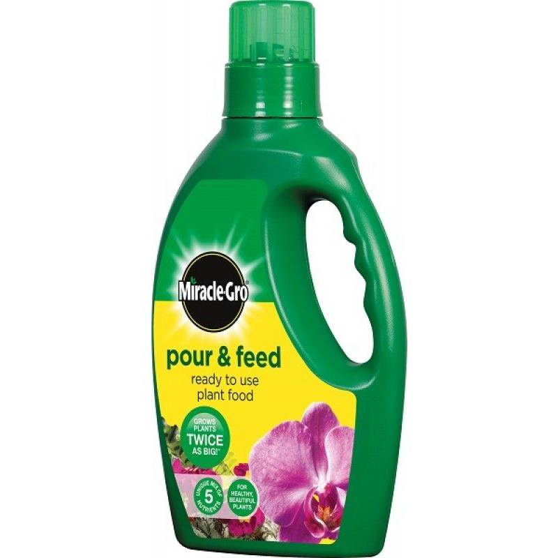 Miracle Gro Pour & Feed - 1L