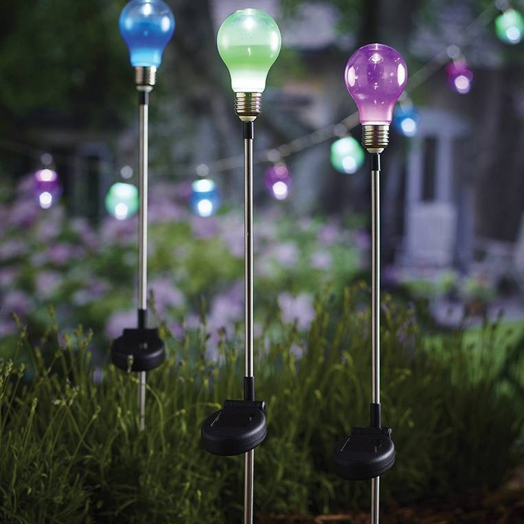 Cole & Bright Solar Bulb Stake Light 18630D