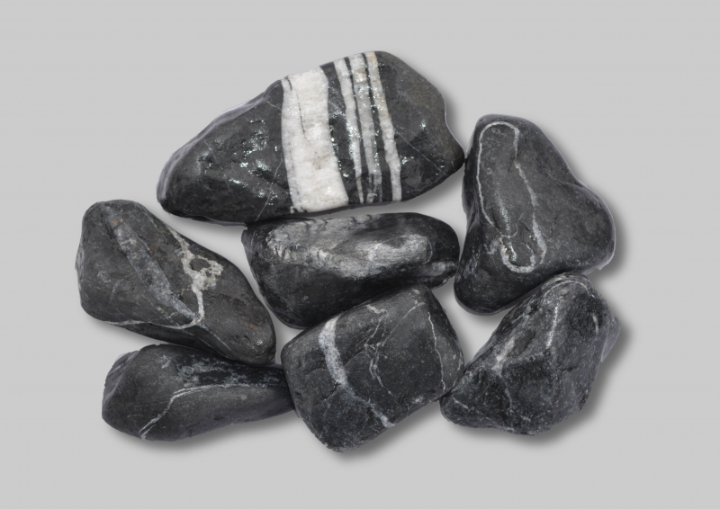 Unipac Baltic Black Pebbles 2kg