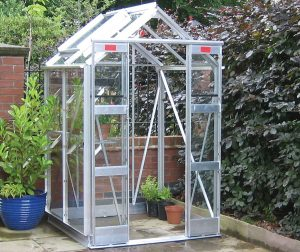 Elite 4'3' Wide Compact Greenhouse