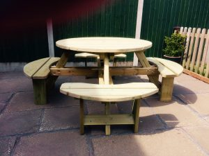 LUPINE ROUND PICNIC TABLE -    SEATS 8